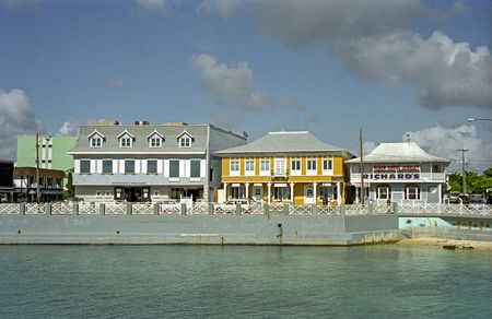 cayman: Stores along the wharf in Grand Cayman