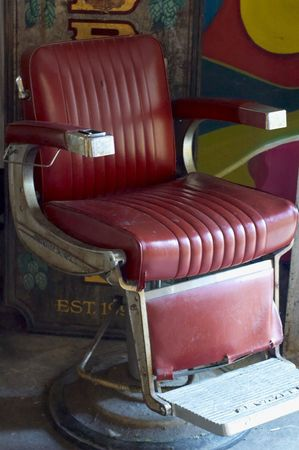 An Old, Worn Out Barbers Chair In Long Island 0609 Imagens