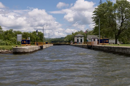 canal lock: A Canal Lock along the Erie Canal