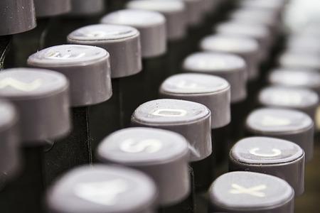 oldstyle: oldstyle typewriter