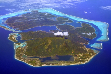 huahine islandn in French Polynesia, with airport in foreground Standard-Bild