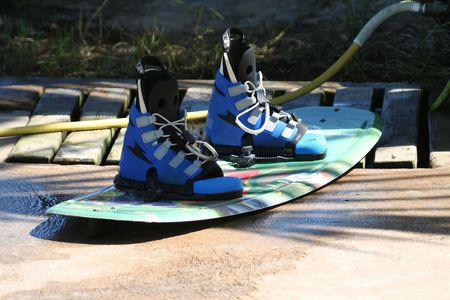 wakeboard on a pier, after cleaning Standard-Bild