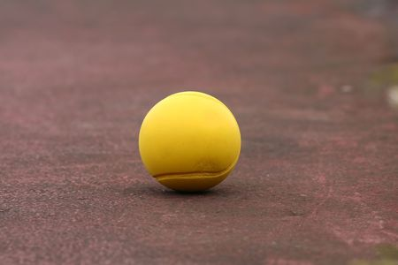 yellow tennis ball on the court Stock Photo - 541781