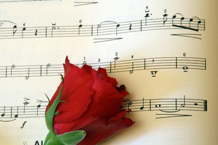 partition musique: rose sur une musique