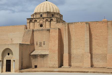 mosque wall in a tunisian muslim city Standard-Bild