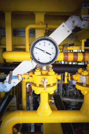 pressure gauge with flow line in oil and gas platform offshore Stok Fotoğraf