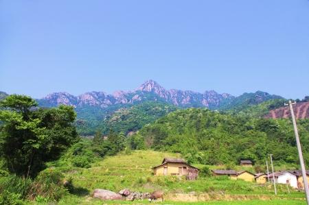 viewing the nailing ridge of china at summer photo