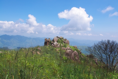 knap: high mountain with great rocks at south china