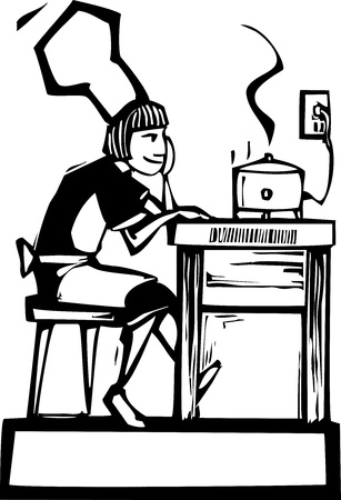 Szef kobieta siedzi i ogląda powolny kucharz kuchenka.