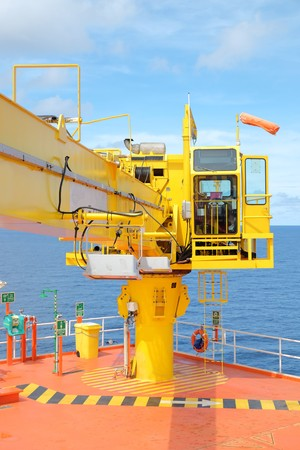 Crane, Crane winch, Steel wire rope drum on crane offshore wellhead remote platform, Energy and petroleum industry