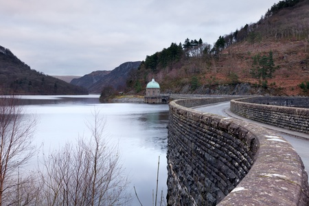 elan: The Cabon Coch Reservoir on a winters morning.