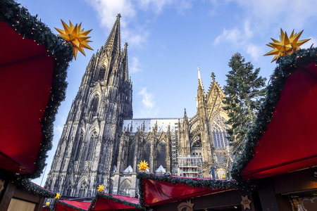 market bottom: Cologne Cathedral as seen from the Christmas market in the bottom square.