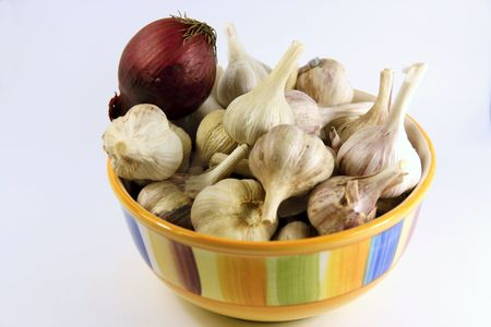 Bowl of garlic and onions Stock Photo - 5414107