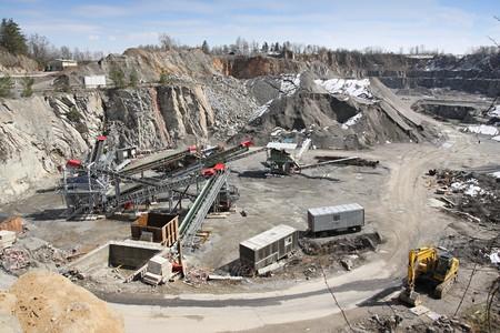camion minero: Miner�a en la cantera