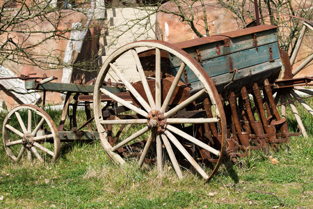 spoked: Old seeder. Agricultural machinery