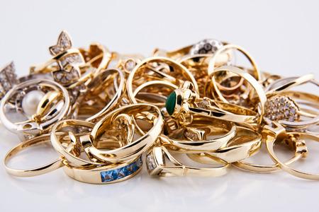 Les bijoux en or Banque d'images - 35548922