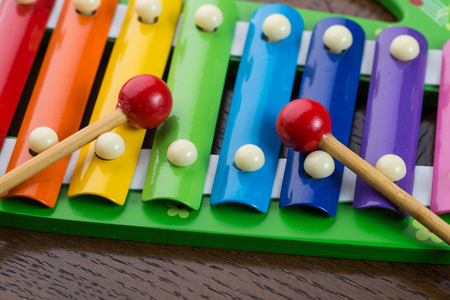 xilofono: Rainbow colored toy xylophone