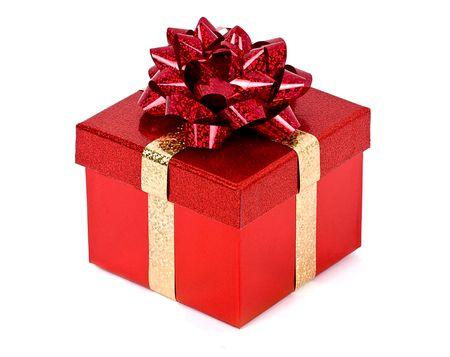 cadeaupapier: Kerstcadeau geïsoleerd op wit. Stockfoto