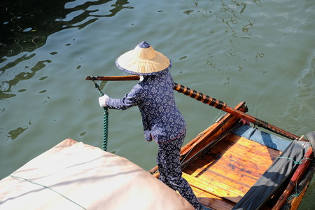 travel features: Chinese rower