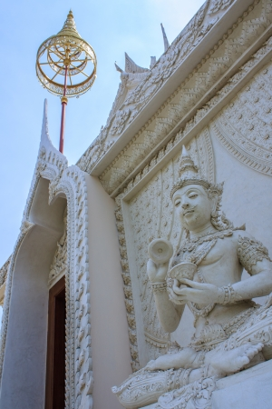 statue at Wat Khoi  in Phetchaburi, Thailand photo