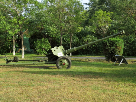 artillery: an old used towed artillery