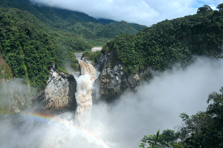 San Rafael Falls. The Largest Waterfall in Ecuador Banco de Imagens