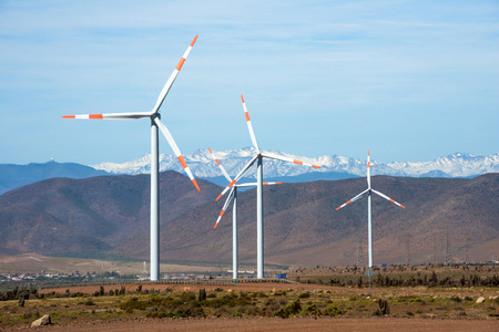 mining: Wind farm (Spanish: parque eolico) in the mining regions of Atacama and Coquimbo, northern Chile