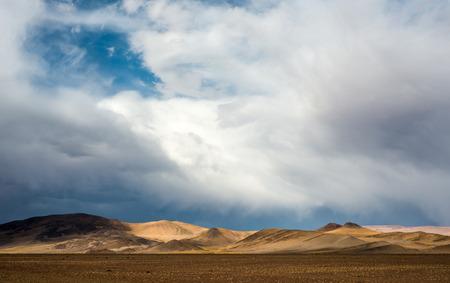 Northwest Argentina Desert Landscape, near near Paso de Jama, Argentina-Chile national border Standard-Bild