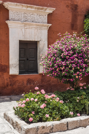 Monastery of Saint Catherine (Spanish: Santa Catalina) in Arequipa Peru, is monastery of nuns of Domincan Second Order It was built in 1580 in South America Standard-Bild