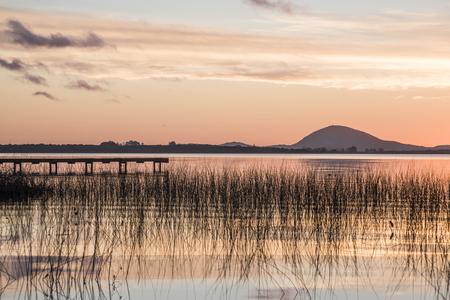 Idyllic Willow Lake (Lagoon of the Willow, spanish - Laguna del Sauce) that is the largest water body in the Maldonado Department of Uruguay Standard-Bild