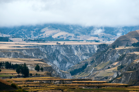 Fields of Zumbahua in Ecuadorian Altiplano. Highland Andes near Quilotoa lagoon, South America 스톡 콘텐츠