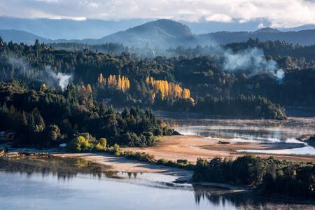 Autumn Colors in Nahuel Huapi lake, Patagonia - Argentina, near Bariloche Standard-Bild