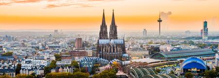 Cologne city panorama Standard-Bild