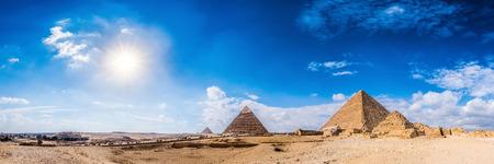 Panorama der Gegend mit den großen Pyramiden von Gizeh, Ägypten