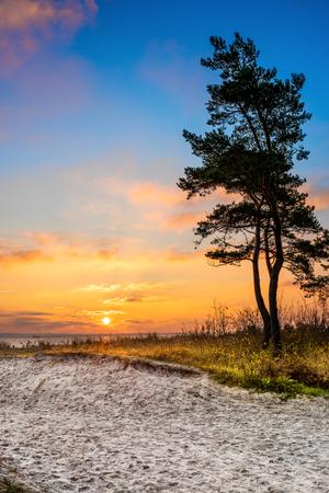 Hermoso amanecer en el mar Báltico Foto de archivo