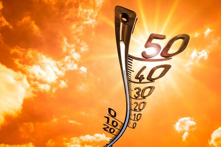 Sky with clouds, sun and thermometer - background for hot summer or heat wave Standard-Bild