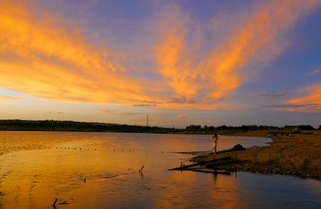xinjiang: South Lake dans le Xinjiang �ditoriale