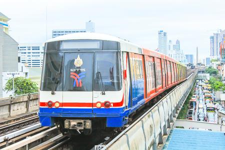 Bangkok, Thailand. - November ?17, ?2013 : BTS Sky Train at the Victory Monument. Redakční