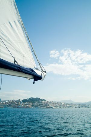 carrucole: carrucole e corde di un velo in uno yacht