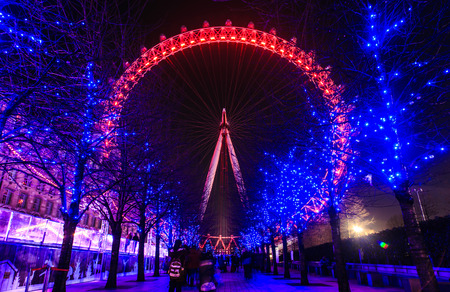 London eye on Christmas Eve