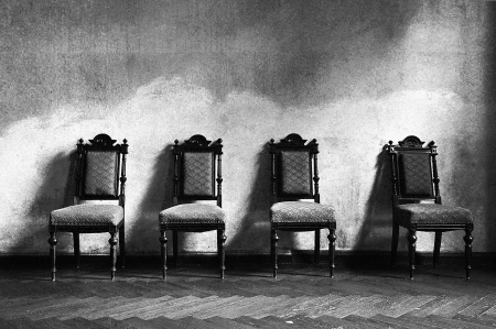 wall angle corner: 4 armchairs black white
