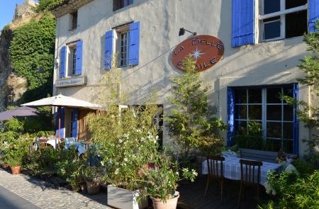romaine: restaurant in Vaison-La-Romaine, Provence  Region Vaucluse, France
