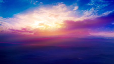light about the sky. Paradise heaven. Dramatic nature background. beautiful cloud Way to heaven. Journey of the Soul. background sky at sunset and dawn. 免版税图像