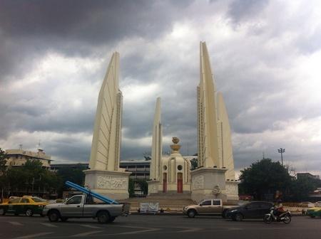 democracy monument: Democracy monument in Bangkok