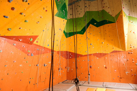 bonne aventure: For leisure time. Close up of climbing gym and insurance ropes as special equipment hanging here.