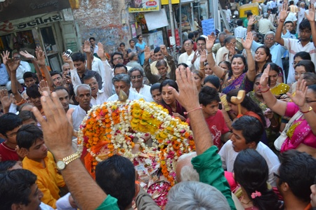 Raipur, Ahmedabad, India on 5th April, 2012 - Crowd praising Lord Shiva Hatkeshwar on day of Incarnation of the GOD
