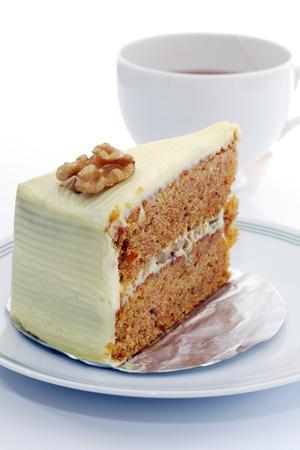 carrot cakes: Carrot cheesecake and Hot tea.