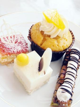 mini cake  Stock Photo - 13355757