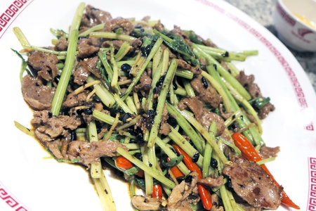 Stir-fried beef with Chinese vegetables. Stock Photo - 17791695