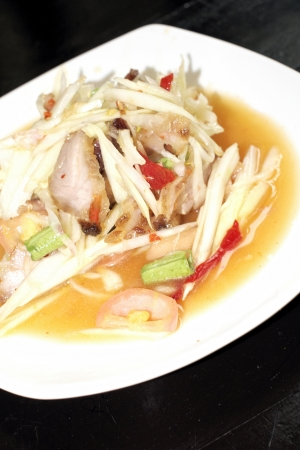 Green papaya salad Stock Photo - 22218198
